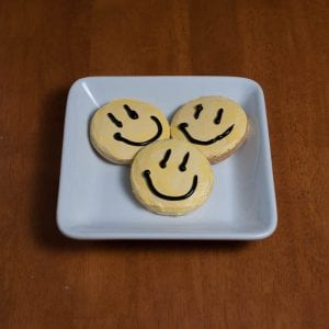 CIN_smileyfacecookies_800x800